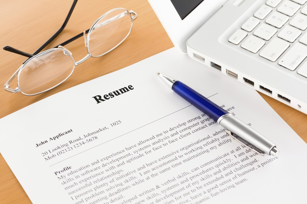 Should You Include Temp Work on a Resume?
